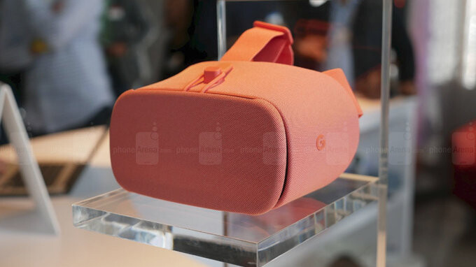 Deal: Google's Daydream View VR headset is 70% off at Verizon