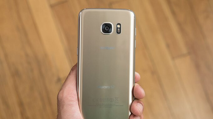July Security Patch pushed out by Verizon to Samsung Galaxy S7, S7 Edge, Moto E5 Play, and LG K20 V