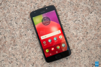 Deal: Unlocked Moto E4 costs less than $100 on Amazon