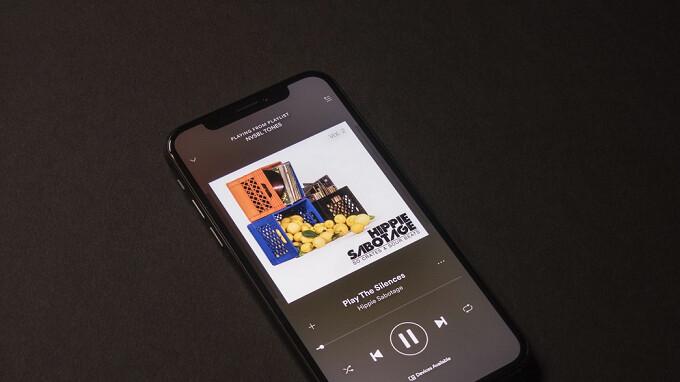 """Apple CEO Tim Cook: """"Wir sind nicht in Apple Music für das Geld"""""""
