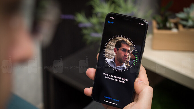 Apple supplier's Q2 report leads analyst to expect Face ID on all three 2018 iPhone models