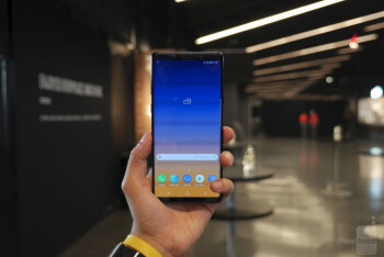Samsung Galaxy Note 9 pre-orders come with free Wireless Charger Duo and DeX Pad on Amazon