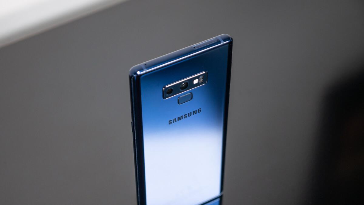 Samsung Galaxy Note 9 vs iPhone X: blind camera comparison!