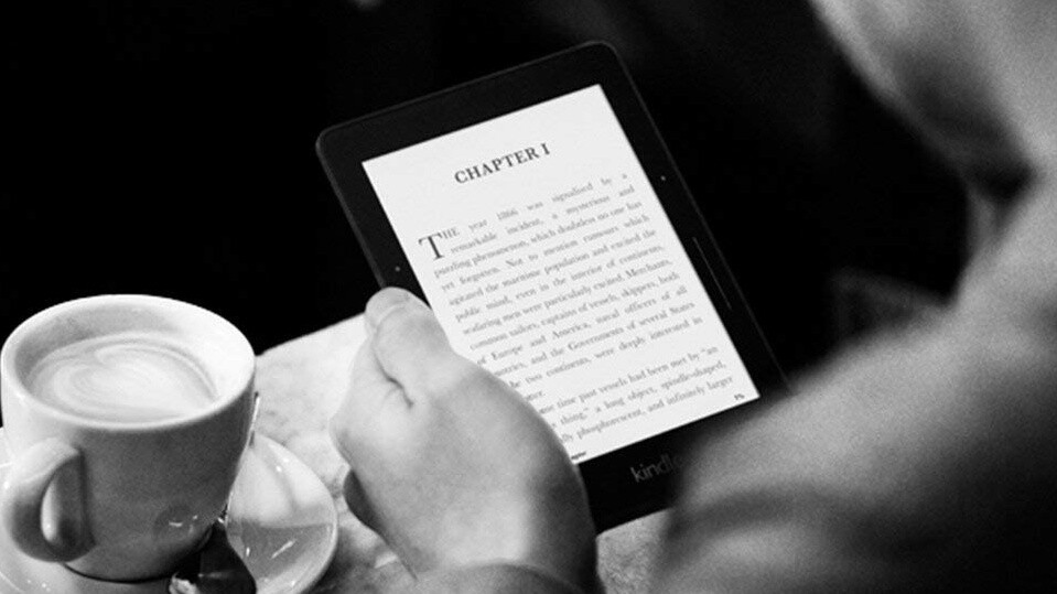 Amazon pulls the plug on Kindle Voyage sales, reminding us e-readers are still a thing
