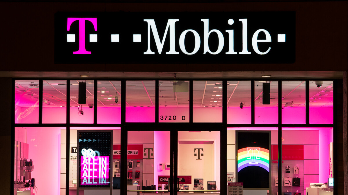 T-Mobile and MetroPCS users got their personal data hacked, and there isn't much to be done