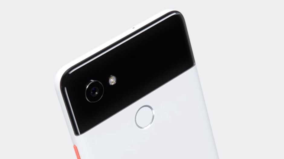 Google Pixel 2 XL crushes Galaxy Note 9 in night-time blind camera test