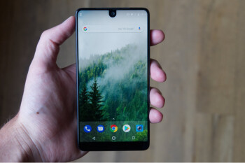 Essential Phone now supports YouTube's zoom-to-fill feature