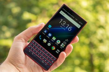 BlackBerry KEY2 LE vs KEY2: Specs comparison and main differences