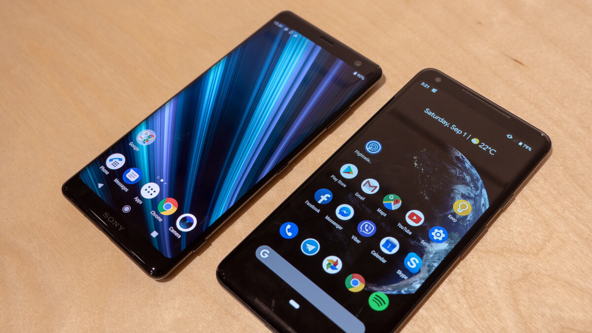 Sony Xperia XZ3 vs Google Pixel 2 XL: first look