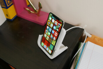 Logitech POWERED Wireless Charging Stand hands-on: More power, faster charging