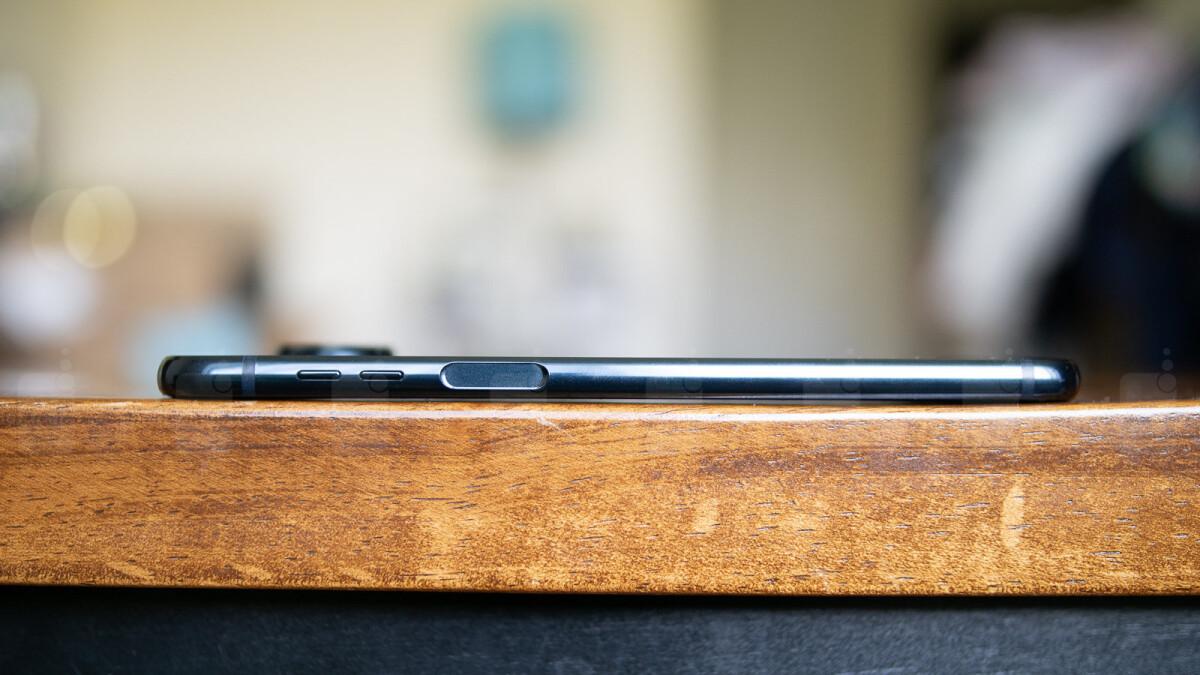 Samsung's next smartphone could boast a side-mounted fingerprint scanner