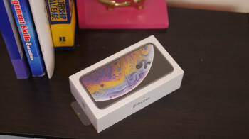 Apple iPhone XS: unboxing and first look