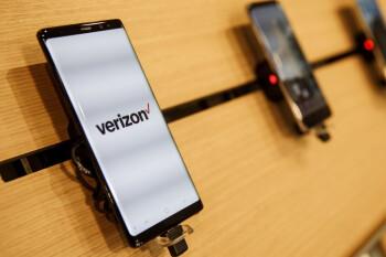 Verizon offers employees early retirement in a $10 billion cost-cutting bid