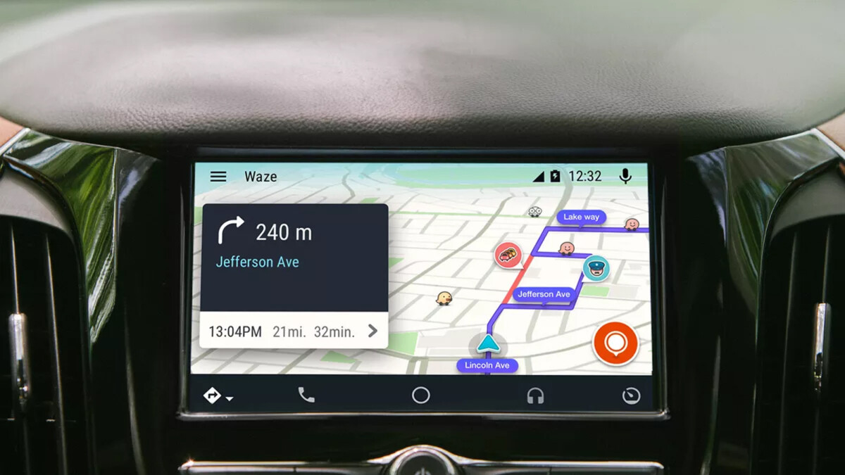 Jaguar and Land Rover cars will soon support both Android Auto and CarPlay