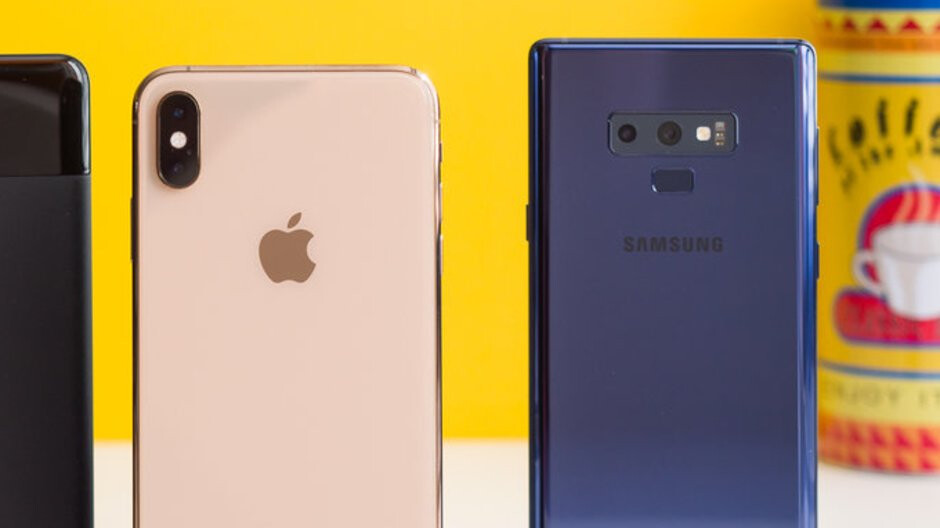 iPhone XS Max or Galaxy Note 9: which one would you buy?
