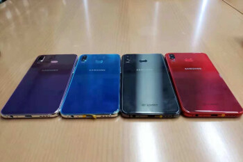 Samsung Galaxy A6s shows off a range of gradient colors in hands-on images