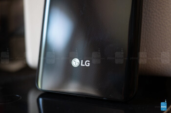 LG is still wasting money on smartphones, but its losses have 'significantly' narrowed in Q3