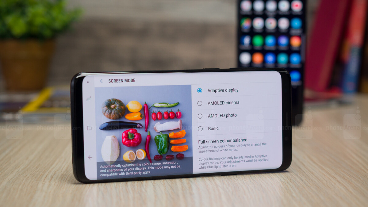 Samsung's Galaxy S10, 5G, and foldable phone plans detailed in comprehensive report