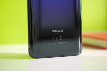 """Huawei trolls Apple and Samsung, claims it would """"never"""" slow down phones"""
