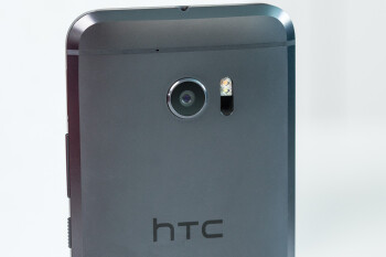HTC's sales remained steady in October; still led to a year-over-year drop