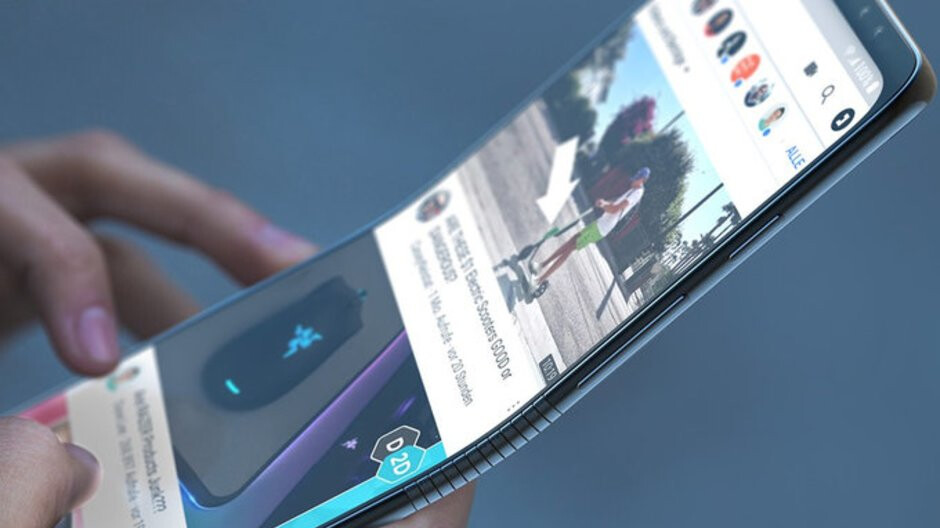 Buying the foldable Samsung Galaxy F: It's a thing many think about