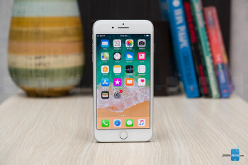 Get a brand-new iPhone 8 for $500 and a $600 iPhone 8 Plus from Costco