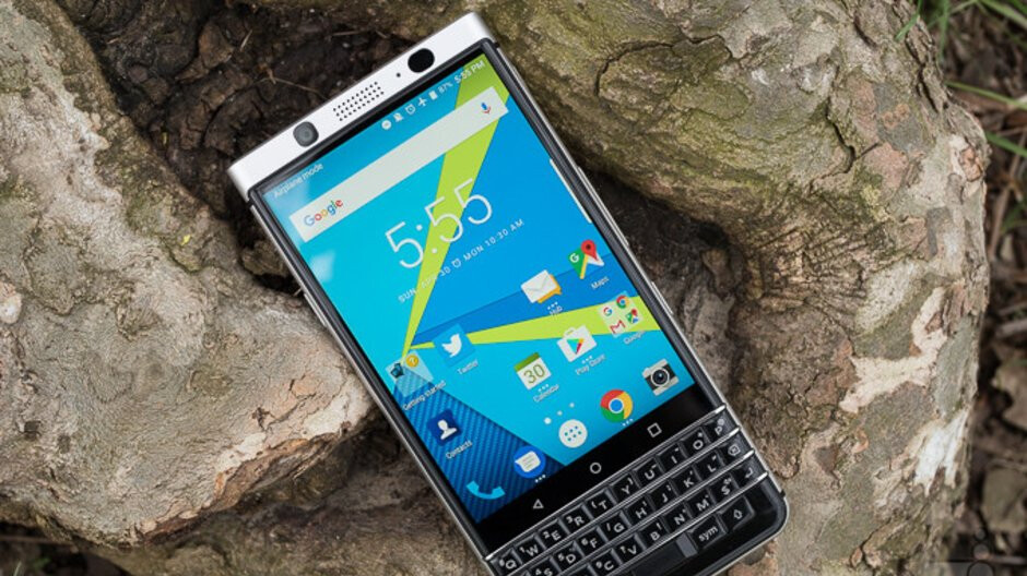 Deal: Save nearly $100 when you buy the BlackBerry KEYone on Amazon and B&H