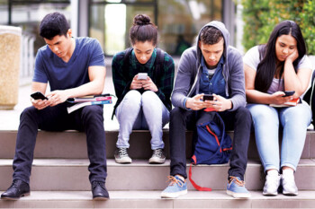 Social media apps make teens feel confident and supported according to survey