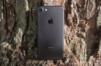 Newegg offers iPhone 7 for cheap!