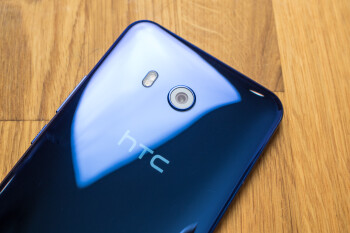 HTC shows little sign of recovery as November revenues decline over 70%