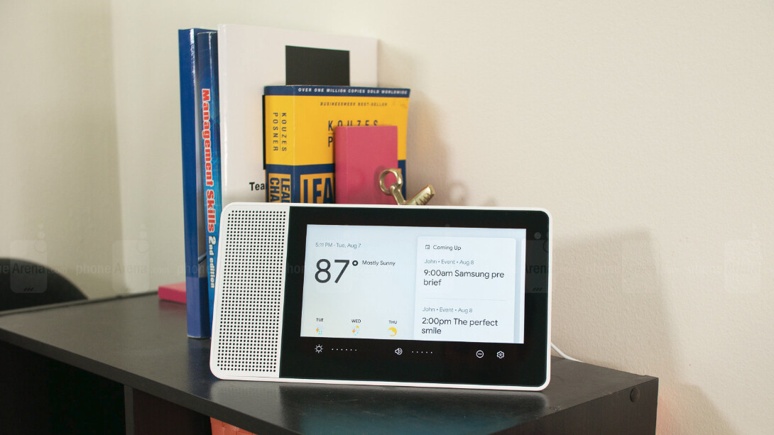 Lenovo's Smart Display with Google Assistant is on the road to greatness after latest update
