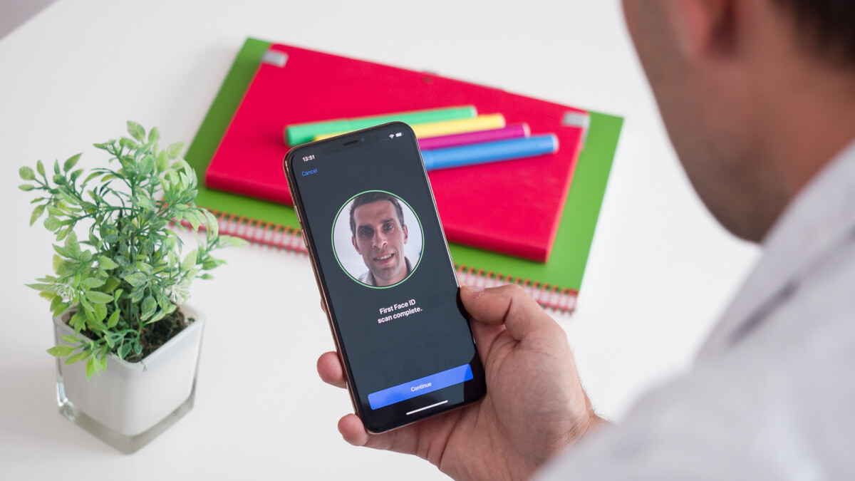 3D-printed head unlocks Android phones, iPhone stays shut