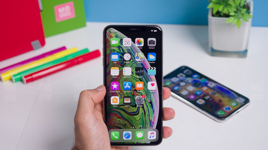 Various Apple iPhone models around the world lost cellular data connectivity after iOS 12.1.2 update