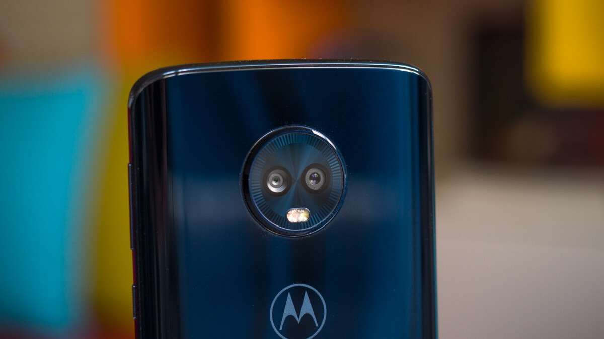 Save over $100 on the Motorola Moto G6 (64/32GB) with this deal!