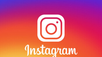 """Instagram's """"small"""" test of a horizontal scrolling feed causes chaos after bug widens distribution"""