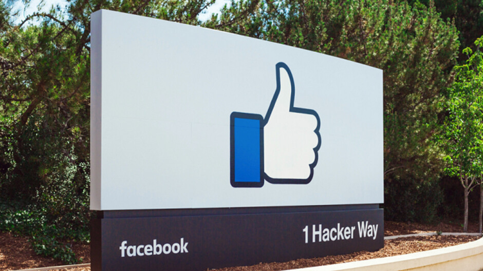 Report says certain Android apps send Facebook personal data without obtaining consent