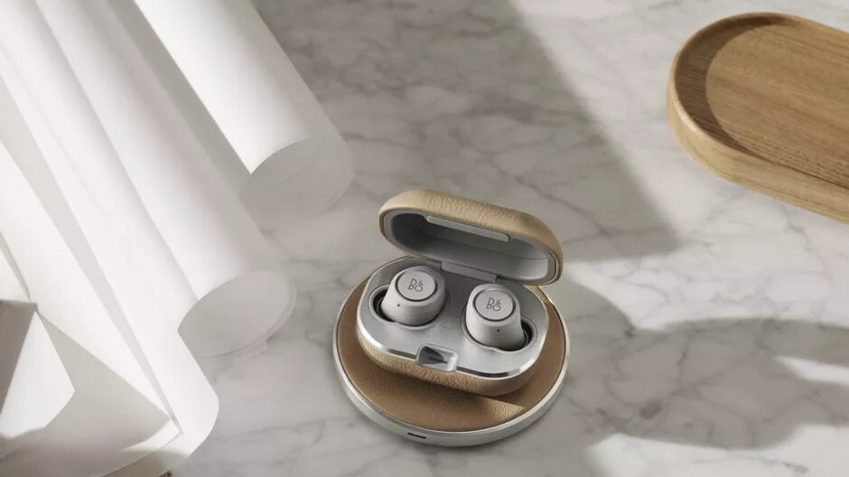 Bang & Olufsen's 'truly wireless' Beoplay E8 earphones get a costly wireless charging case