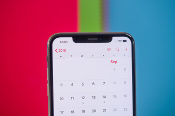 Apple's iPhones won't ditch the notch until 2020, tipster claims
