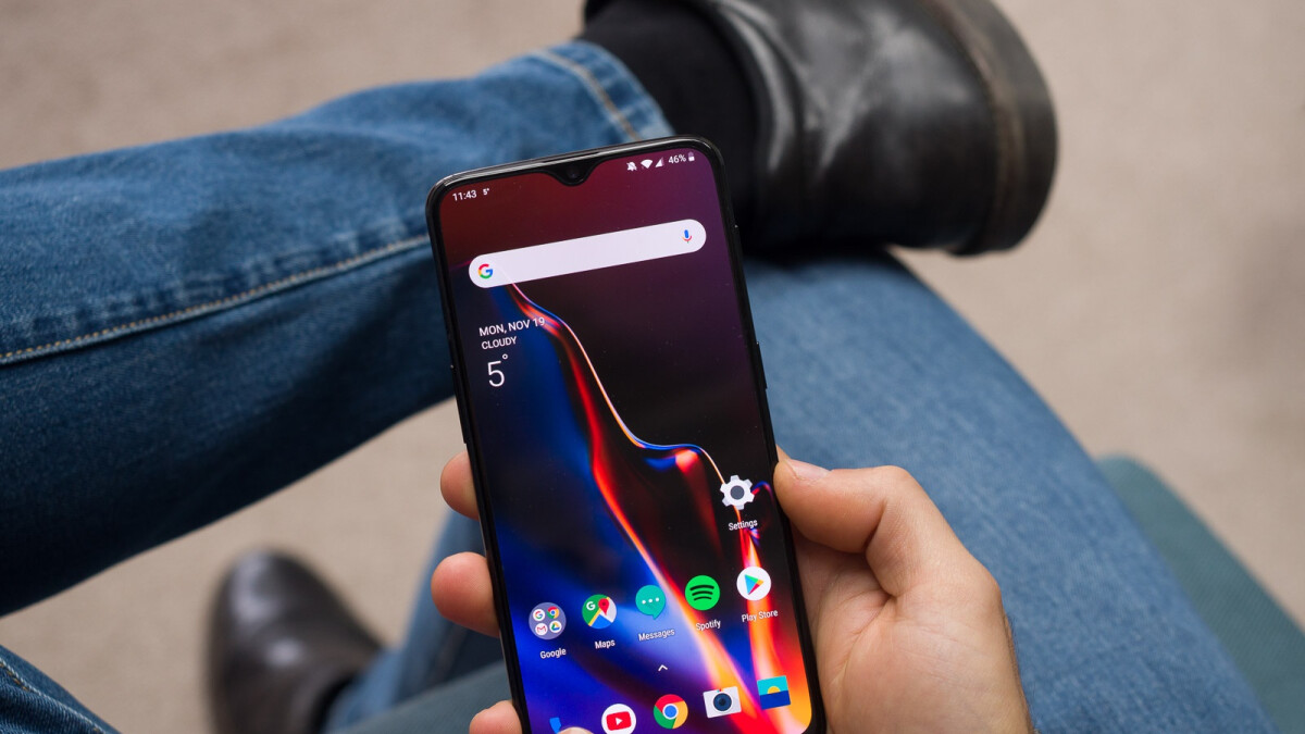 T-Mobile OnePlus 6T gets glitchy software update that disables Play Protect certification