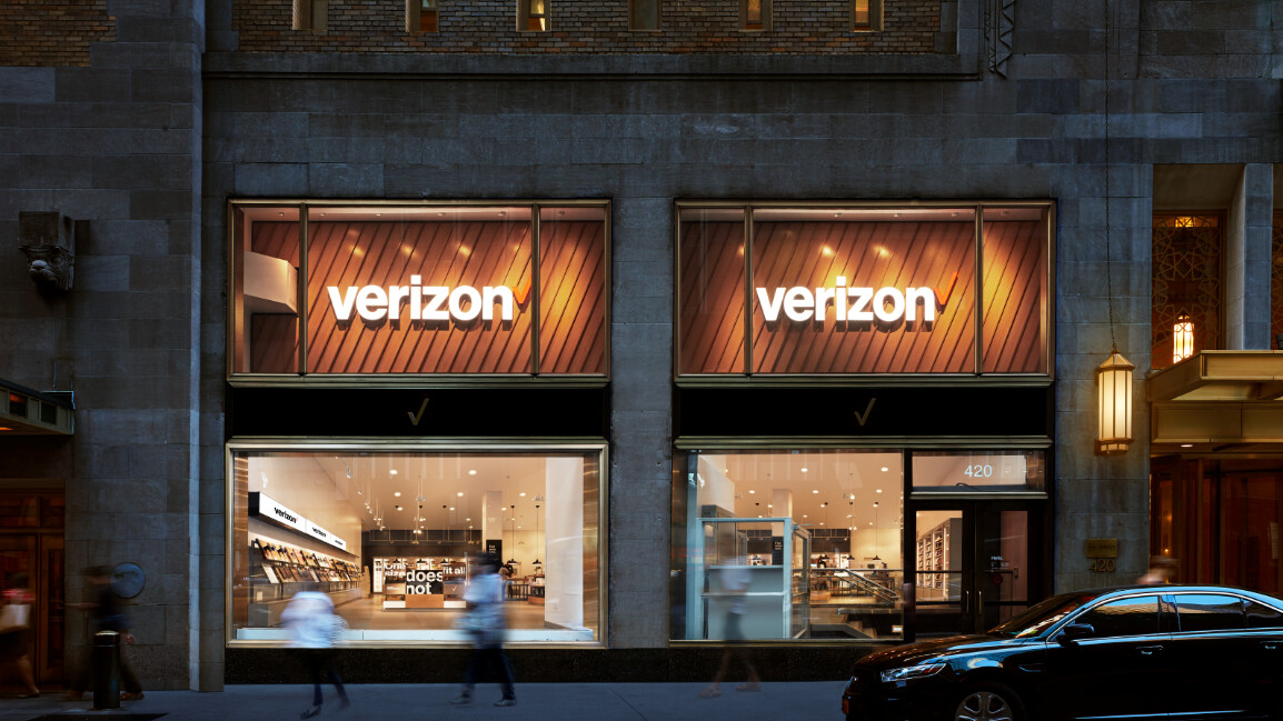 Verizon unfazed with phone makers' mishaps, gains plenty of new subscribers