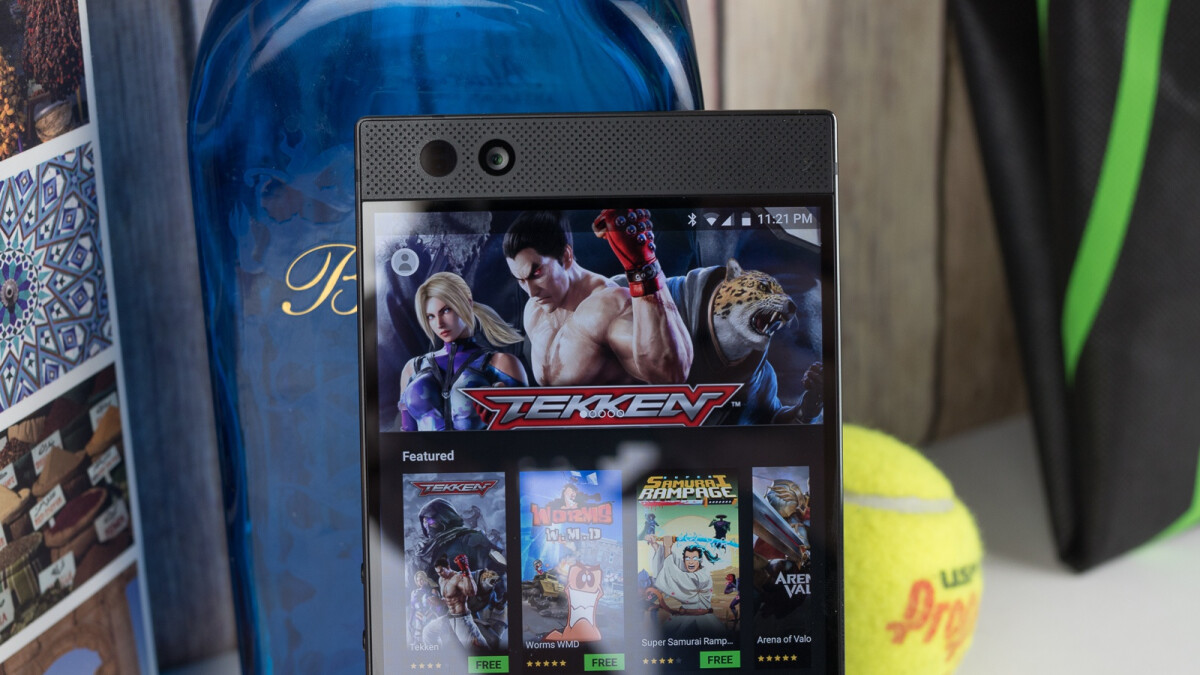 Smartphones may have hit a sales slump, but mobile gaming continues to thrive