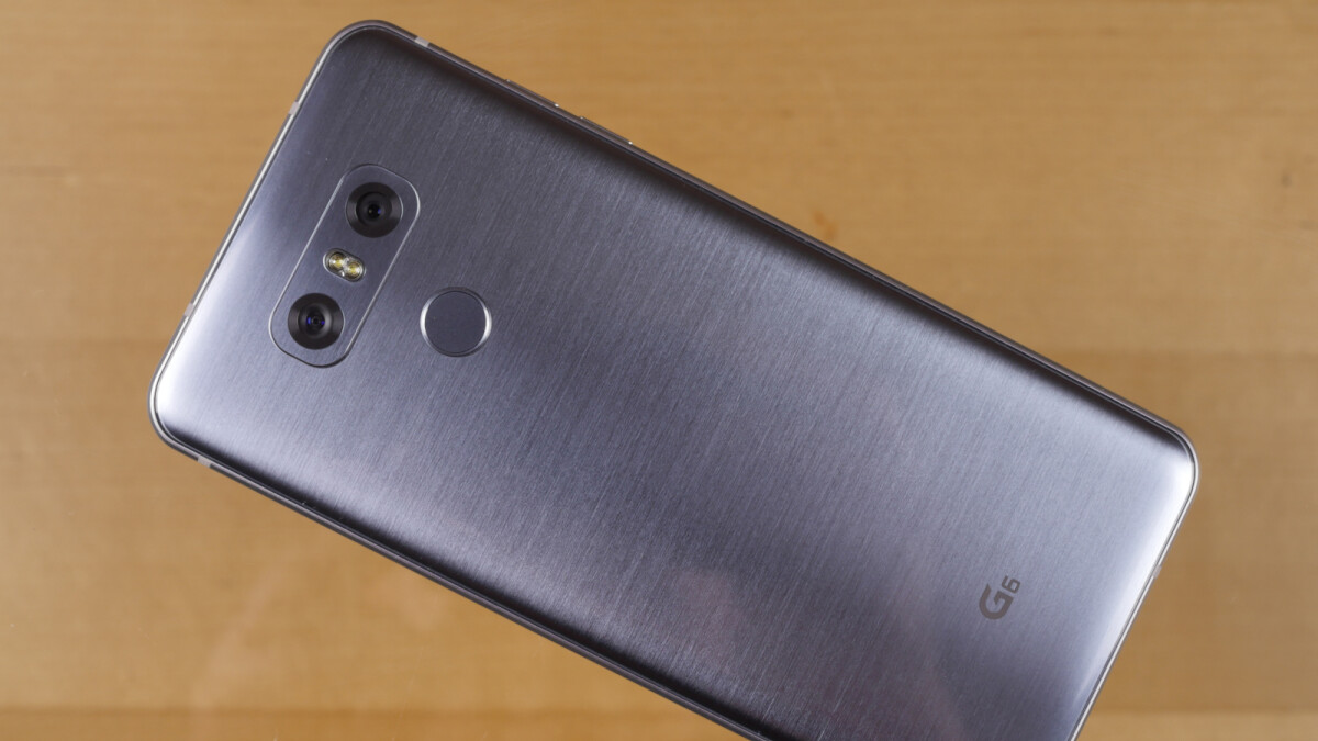 Deal: Grab an unlocked LG G6 with 1-year warranty for just $170