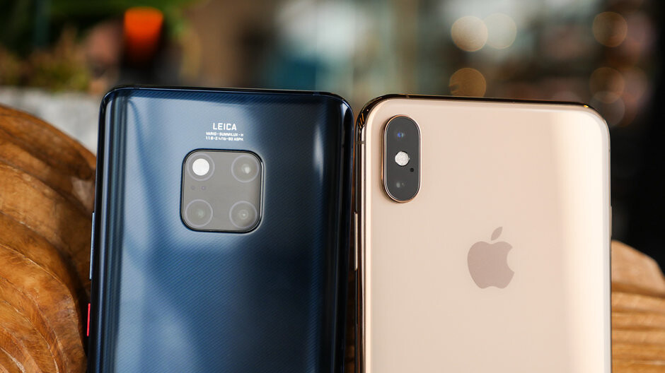 Apple, Samsung and Huawei led premium smartphone sales throughout 2018
