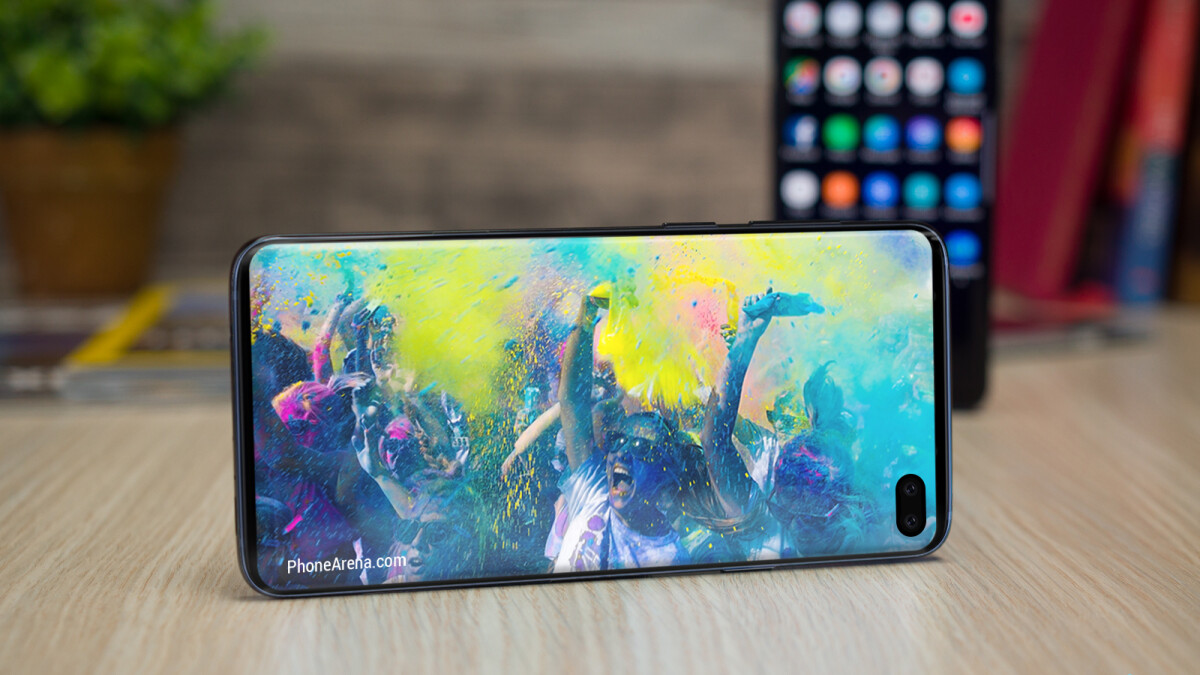 The Galaxy S10 lineup's batteries might be smaller than first expected