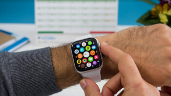 U.S. smartwatch growth surges putting the smartphone industry to shame