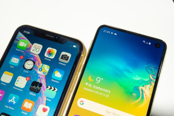 """Samsung Galaxy S10e vs iPhone XR: does Samsung's $750 offer trample over Apple's """"budget"""" iPhone?"""