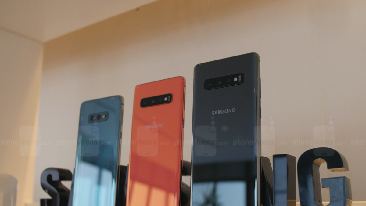 Samsung messes up Galaxy S10 launch, creates confusion among customers