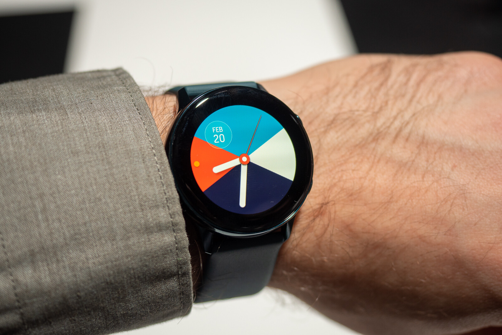 Samsung Galaxy Watch Active hands-on: compact, stylish, functional, and affordable
