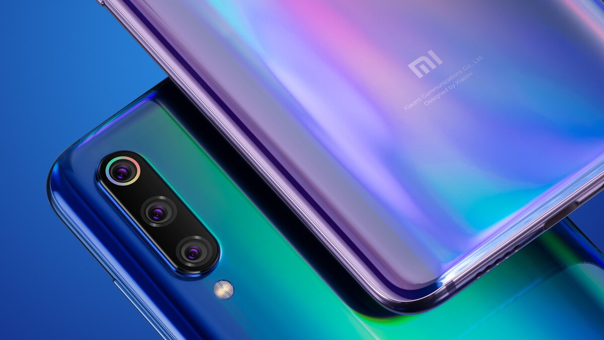 The Xiaomi Mi 9 might cost half as much as the Galaxy S10