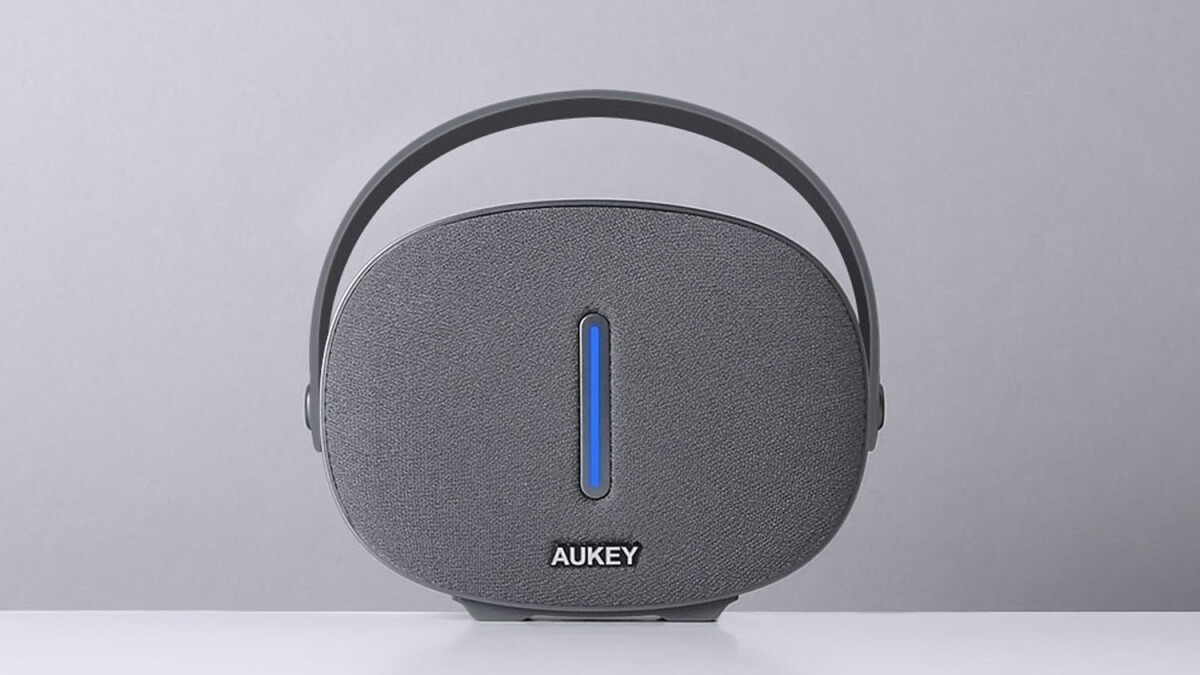 Deal: Grab a compact Aukey wireless speaker for less than 10 bucks on Amazon and save 58%!